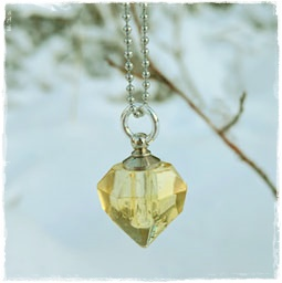 Fragrance necklace - crystal sun charm