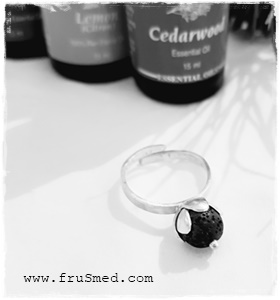 Fragrance perfume ring - lava stone