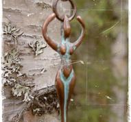 Halsband i brons Female Power