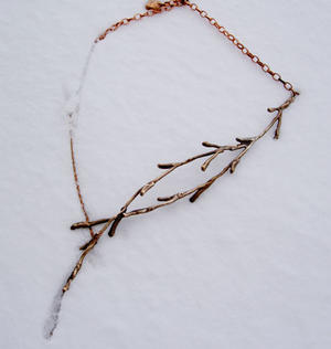 Necklace branch of brons