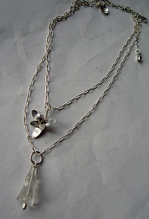 Necklace with iceflower