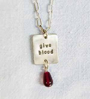 Silverhalsband give blood
