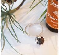 Fragrance perfume ring - lava stone